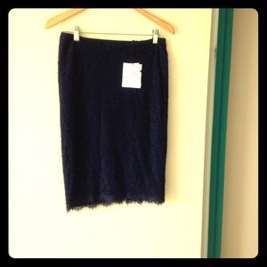 BEAUTIFUL DVF Navy blue lace skirt